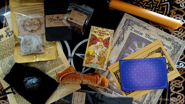 Witches Moon Box December 2019